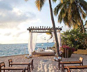 Honeymoon Tick-list | 10 Travel Tips