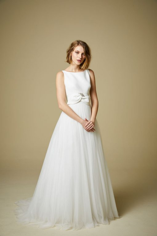 bride modelling style 904 wedding dress by Jesus Peiro