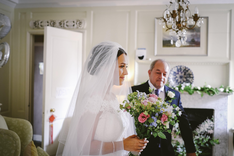 c44e844166 traditional summer bride in classic Suzanne Neville