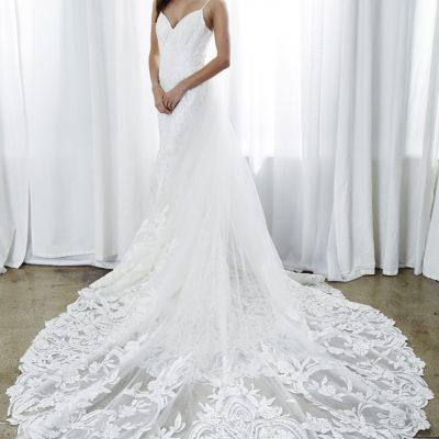 bride is kelly faetanini wedding dress