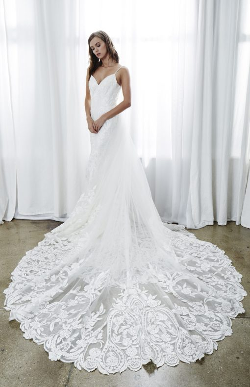 bride is kelly faetanini wedding dress