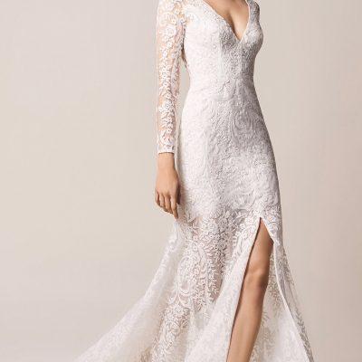 Bride wearing Jesus Peiro 116