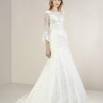 Bride wearing 8076