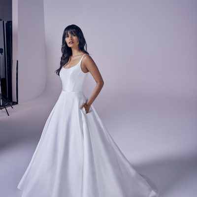 bride wearing suzanne neville Eternity