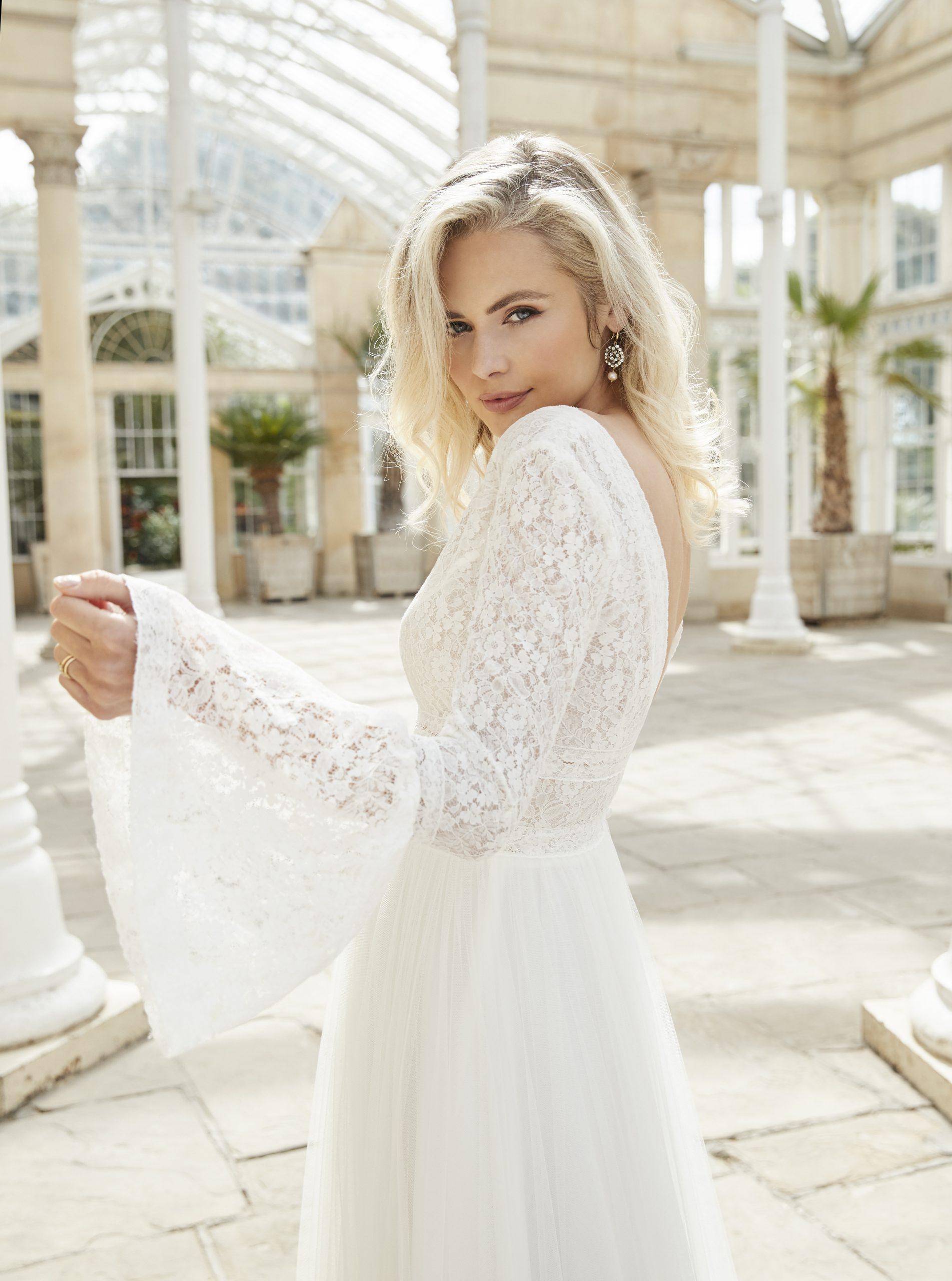 Sassi Holford Constance wedding dress