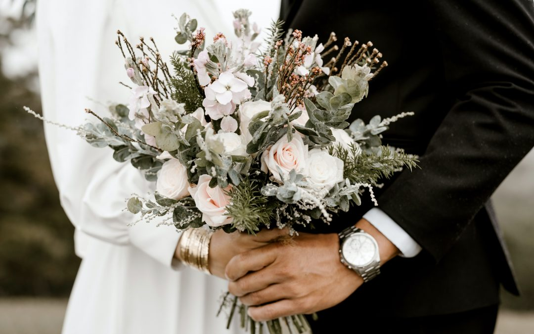 WHEN TO SHOP FOR YOUR WEDDING DRESS